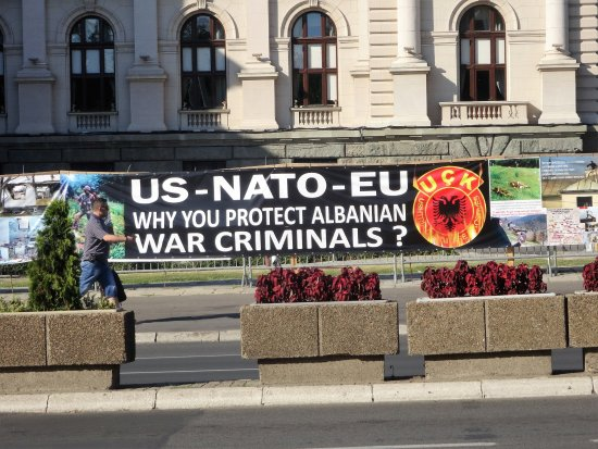 The National Assembly: Cartazes anti Nato