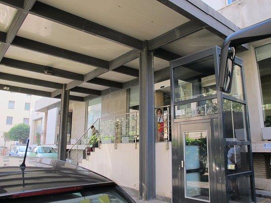 Jolly Aretusa Palace Hotel : La accesibilidad con maletas no es muy buena