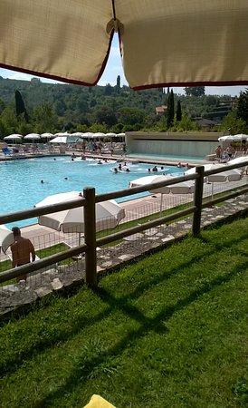 Ingresso piscina termale foto di grotta giusti spa - Piscina monsummano terme ...