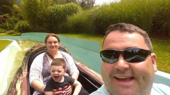 Coo, Belgique : On the log flume (you will get wet!)