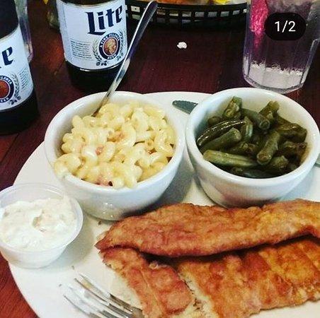 Old River City Cafe: Catfish dinner
