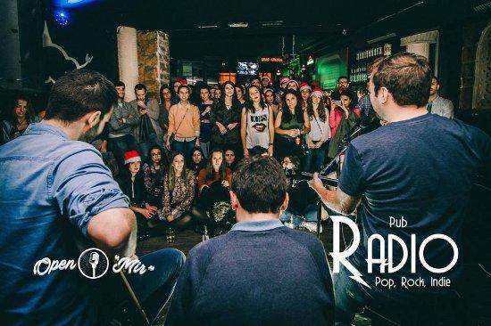 Pub Radio