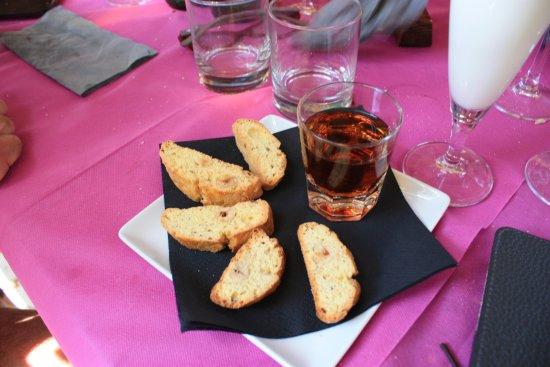 Montemerano, Italy: buon vin santo