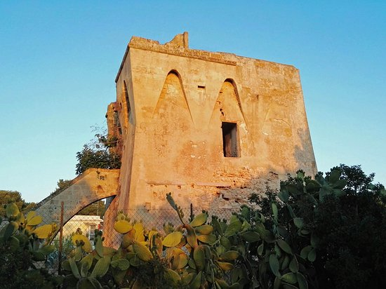 Marina di Pulsano, Ý: Torre Castelluccia