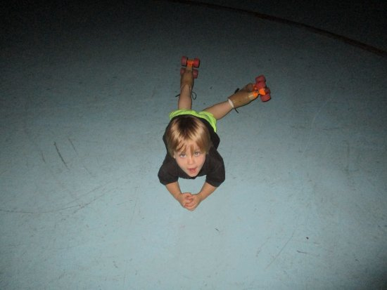Tweed Heads, Australia: 2 years old can skate! just ask Ian!