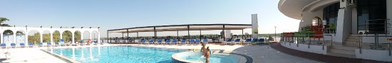 Mahmudia, Ρουμανία: Nice pool and sun terrace