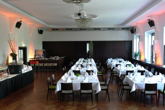 Bootshaus Dining Room For Our Group Of 64 People With Space Buffet And Dance