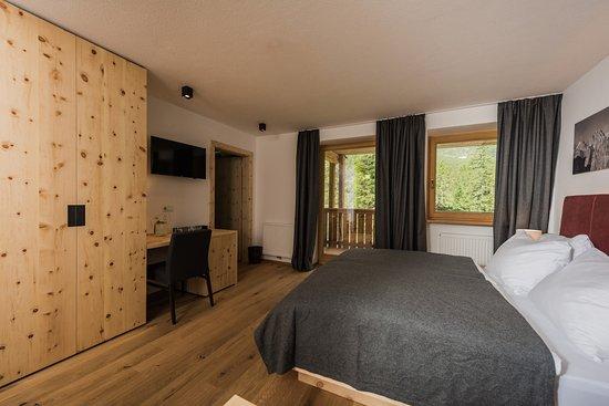 HOTEL DOLOMITENHOF & CHALET ALTE POST: Bewertungen, Fotos ...