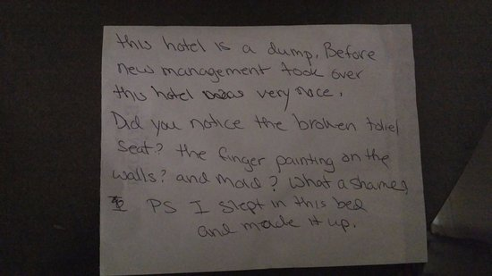 Baymont Inn & Suites Roanoke Rapids: Message left from the previous customer in my room
