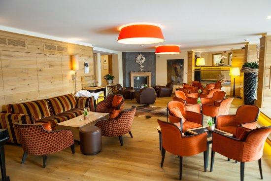 Schalkenmehren, Alemania: Hotellobby & Bar