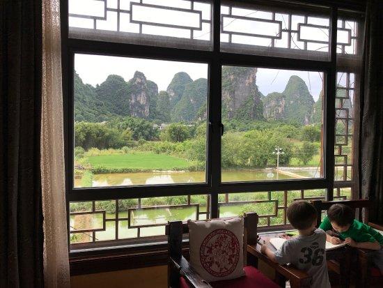 Hidden Dragon Villa: photo2.jpg