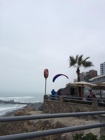 Mangos: Paraglider