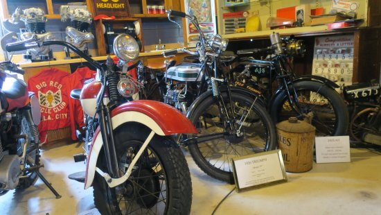 Chandler, OK: More early motorcycles