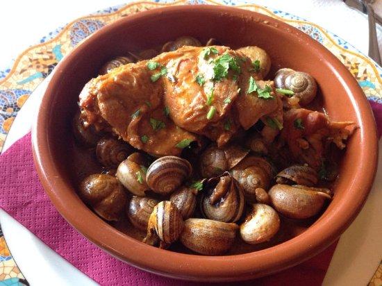 Segur de Calafell, Espanha: Caracoles con Conejo - Menú Fin de Semana