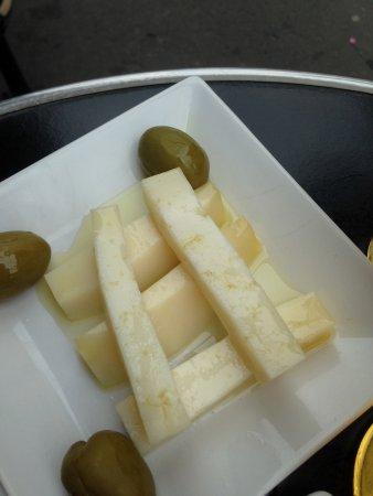 Les Voisins: fromage