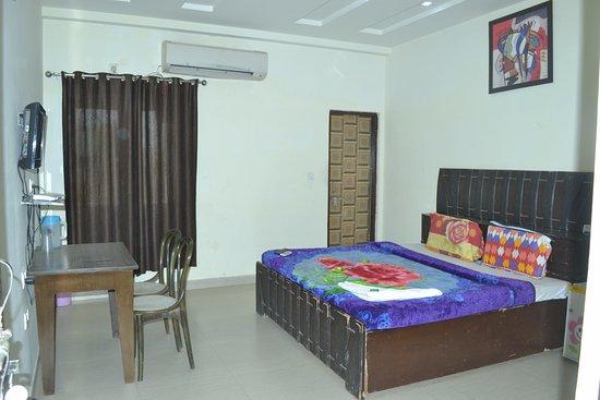 Hotel Jyoti Continental Agra Photo