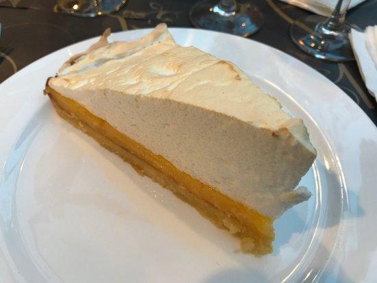 Noisy-le-Grand, Frankrike: Tarte au Citron meringuée