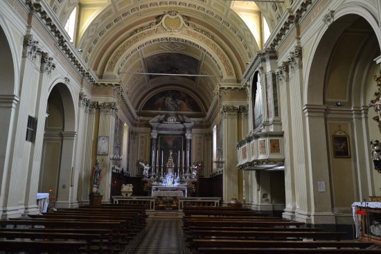 Darfo Boario Terme, Włochy: Interno