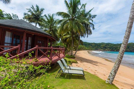 Bom Bom Principe Island: Beachfront bungalow