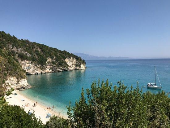 Makris Gialos, Grecia: Lugar calmo e tranquilo