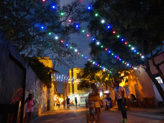 Casa de Isabella - a Kali Hotel: night life in santa marta