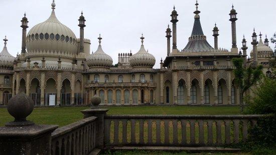Royal Pavilion: outside