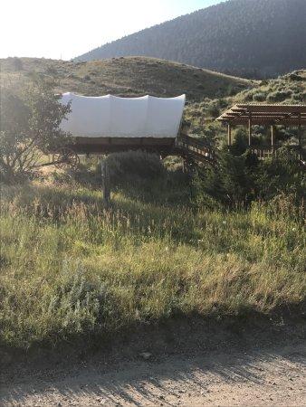 Chico Hot Springs Resort: photo1.jpg