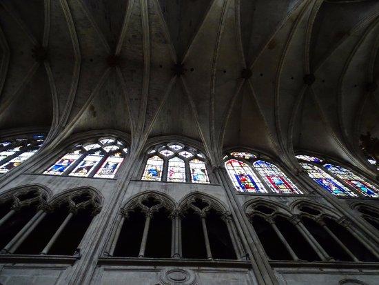 Eglise Saint-Severin: no crowd .. free to take visit this gorgeous Gothic