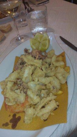 Bientina, Italy: frittura di pesce ottima del margaritas