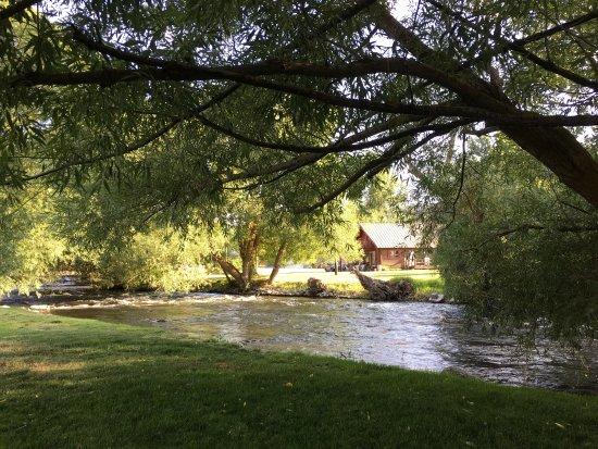 Wallowa, OR: Nice park and very clean!