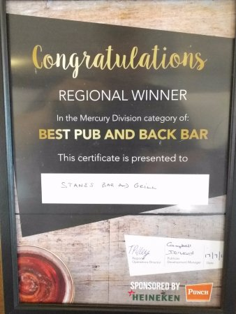 Glenrothes, UK: BEST PUB & BACK BAR AWARD GIVEN TO US BY PUNCH TAVERNS