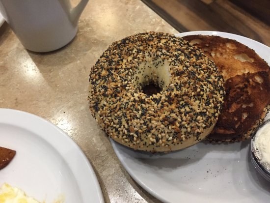 The Villages, ฟลอริด้า: double toasted everything