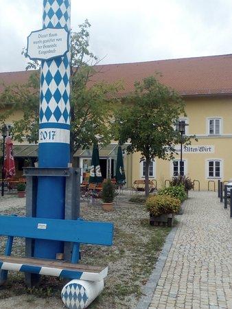 Zum Alten Wirt, Langenbach - Freisinger Str. 8 - Restaurant ...