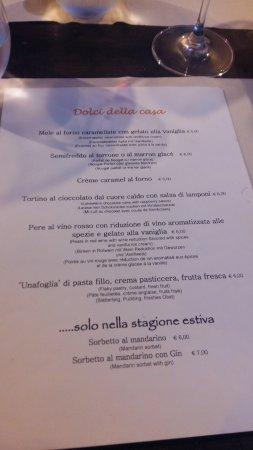 Pallanza, Italy: Vino e calice di San Maretin