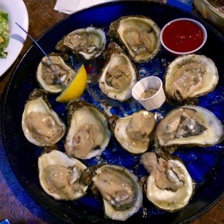 Oyster Pub: Raw oysters