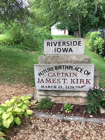 "Riverside, IA: ""Historical Marker"" denoting the future birthplace of Captain James T. Kirk"