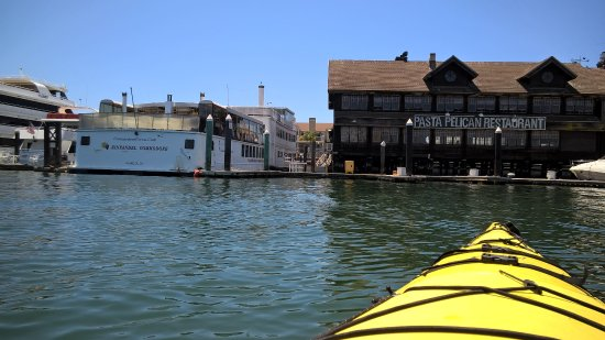 Oakland, CA: Alameda restaurants and Commodore Bay Cruise ships