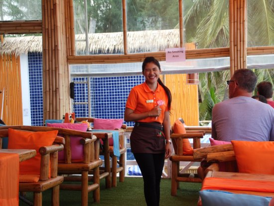 Rich Resort Beachside Hotel: beer , food and beverage staff