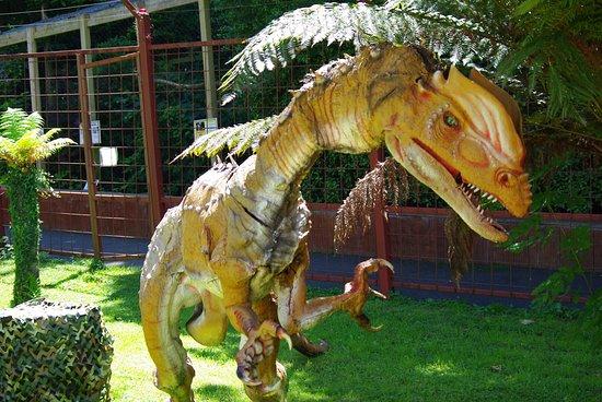 Илфраком, UK: Animated dinosaur