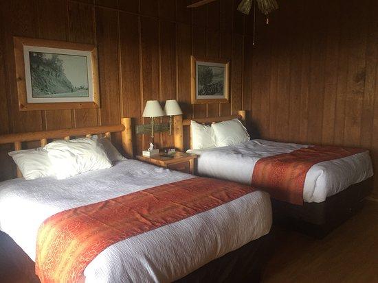 Big Meadows Lodge: photo1.jpg