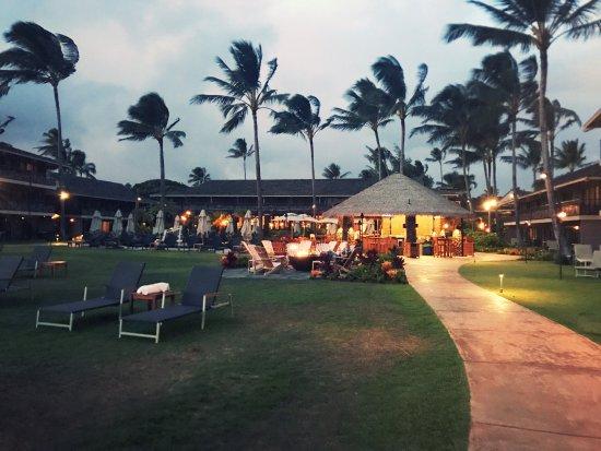 Koa Kea Hotel & Resort: View of the hotel from the beach.