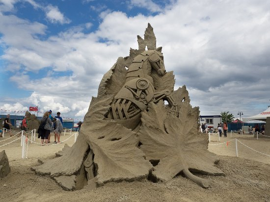 Parksville, Canada: One of the award winning sand sculptures