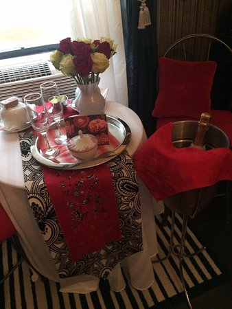Windsor, Canada: Romance Package