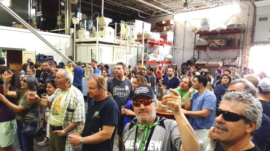 Elmsford, NY: Brewery packed for a special event