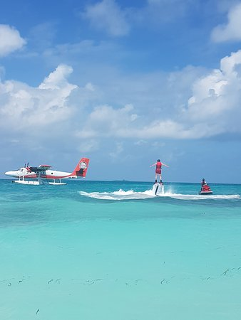 LUX* South Ari Atoll: water jets