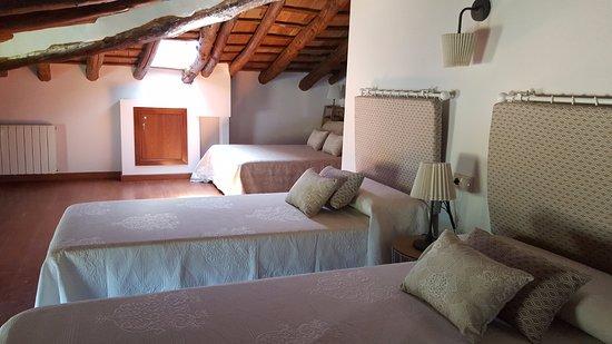Banyeres de Mariola, Spain: La Alquería del Pilar habitación buhardilla casa 3
