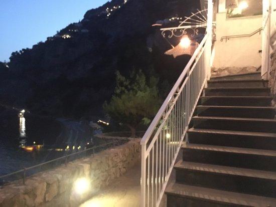 LO Guarracino: Entrance to the Restauarant