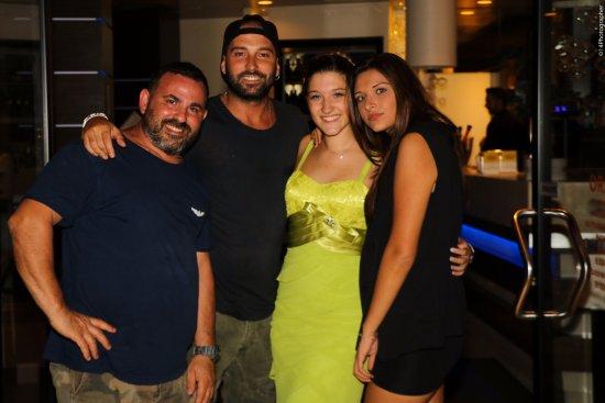 Мельцо, Италия: Staff e festeggiata
