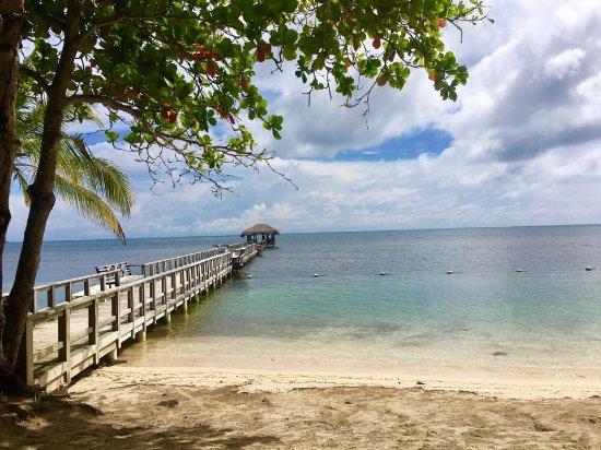 Maya Key: Main beach with dock to snorkeling