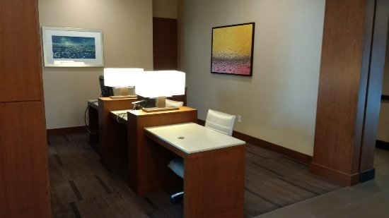Hyatt Place LAX El Segundo: Small Business Center w/Printer